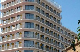 Hotel Torre Arenal
